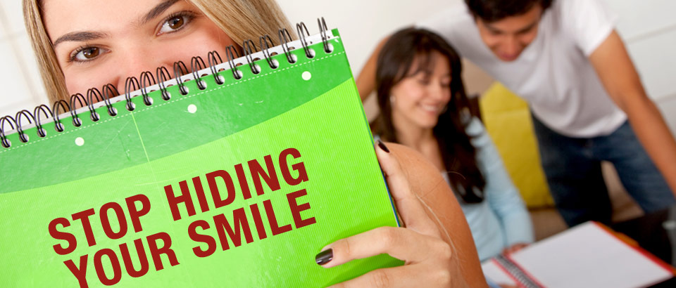 Visit St. Petersburg Dentist and Stop Hiding Smile